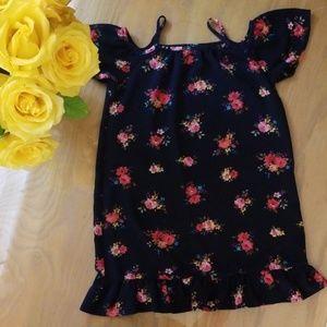 Like New! Hearts Cold Shoulder Floral Dress